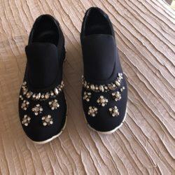 vendo sapatilhas semi novas 1