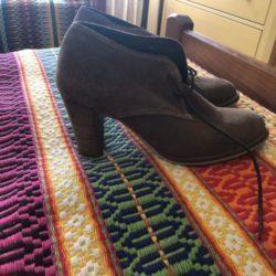 Três pares de sapatos 5