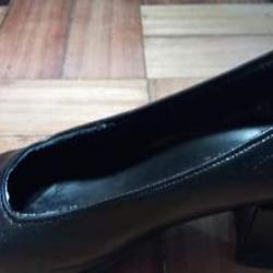 """Sapatos de traje feminino """"A Toga"""". Como novos 3"""
