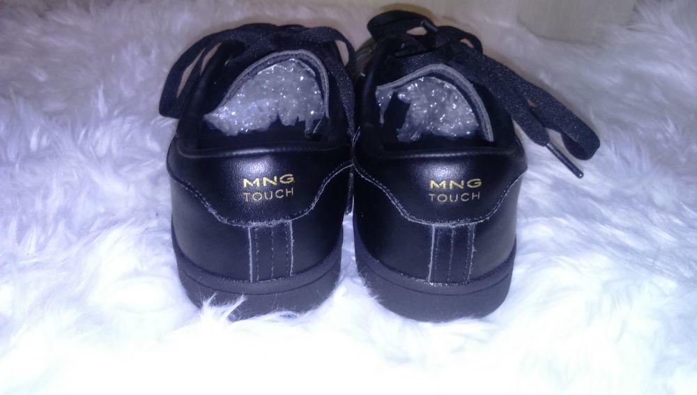 343fd82172 Sapatilhas pretas em pele Mango barato e Usado uma vez em Caldas da ...