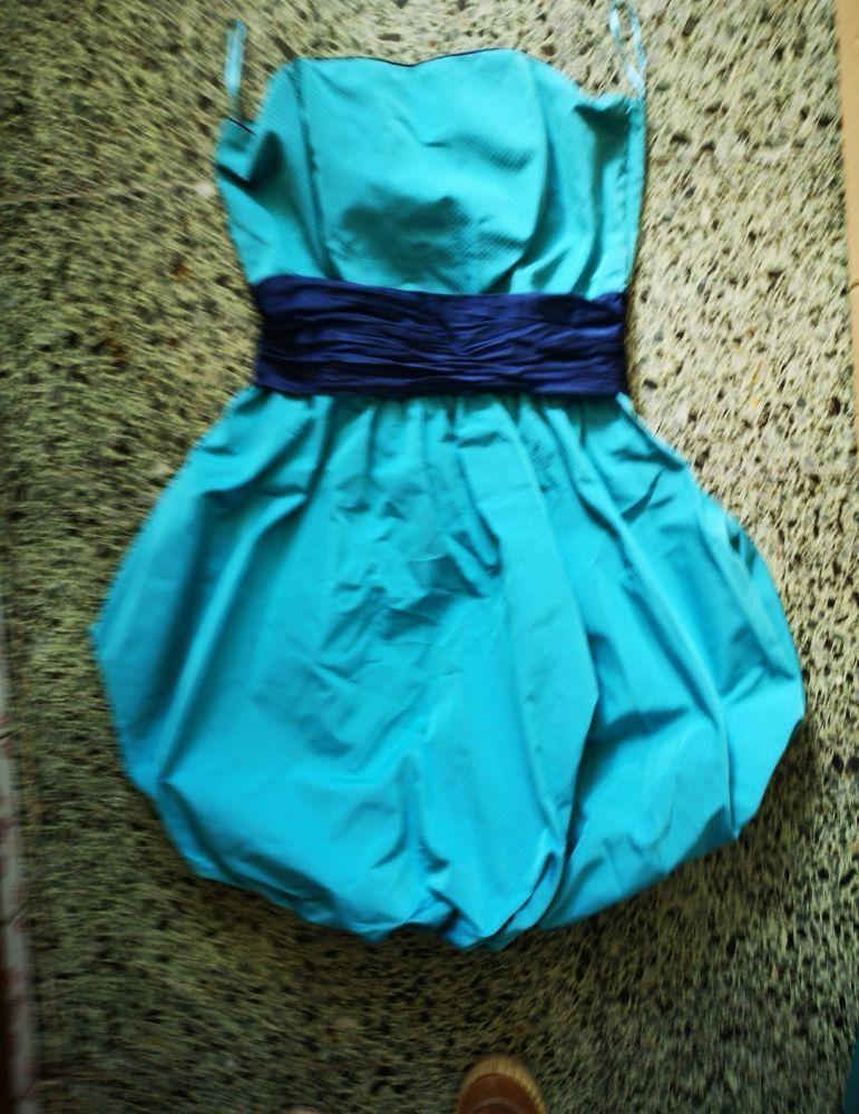 8 vestidos por 22 todos ou por 5 eur cada 7