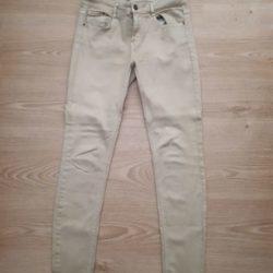 3 calças da Zara e Forever XXI 9 € 3