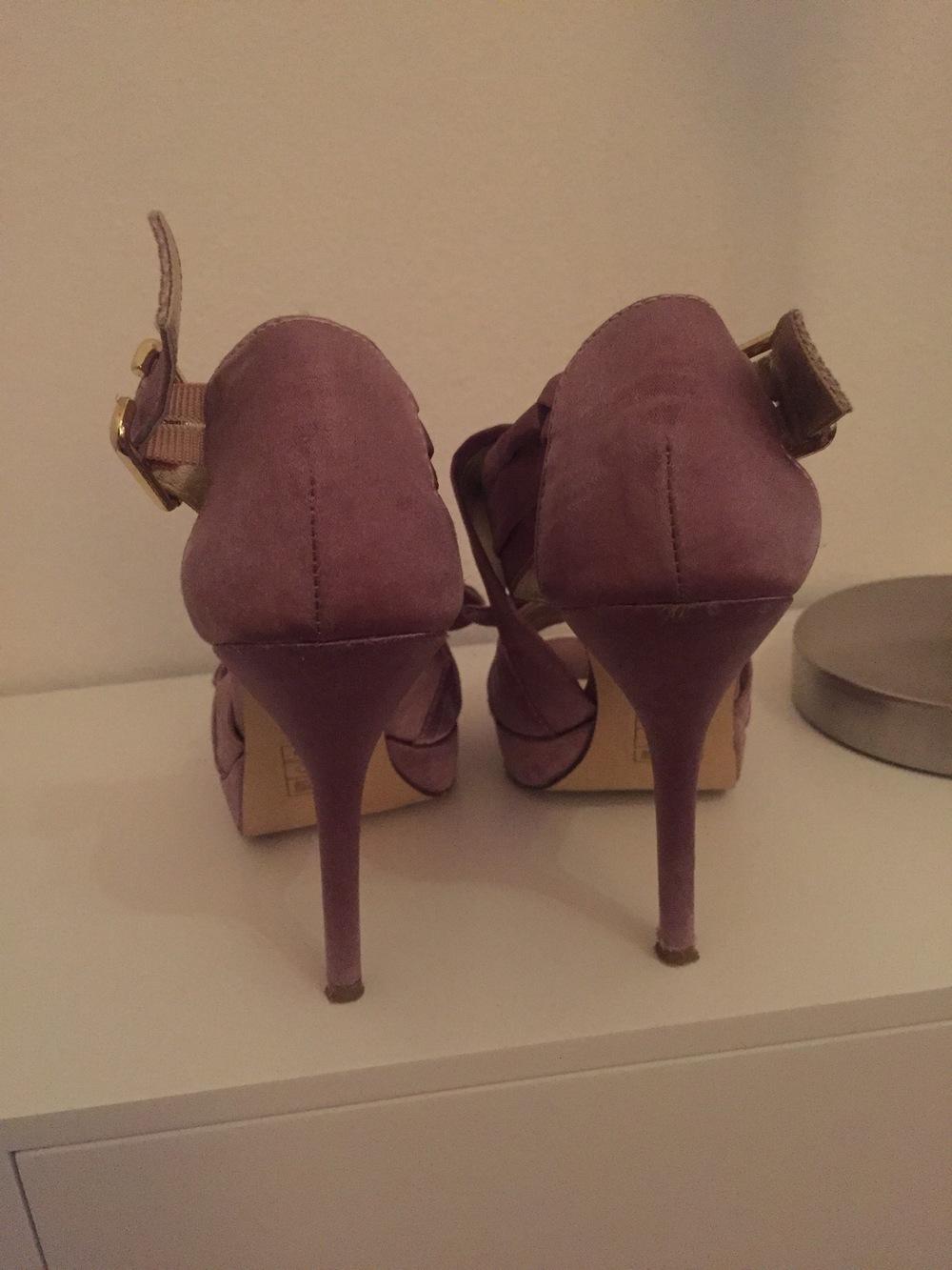 Sandálias elegantes Exé 5