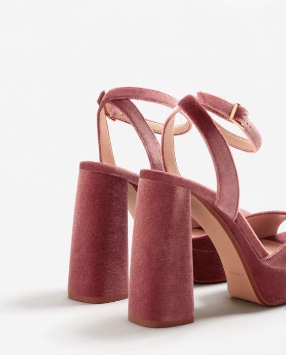 Sandálias de salto alto 4