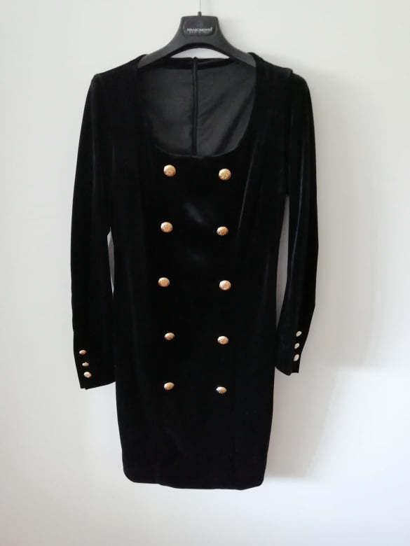 Vestido preto de veludo 3