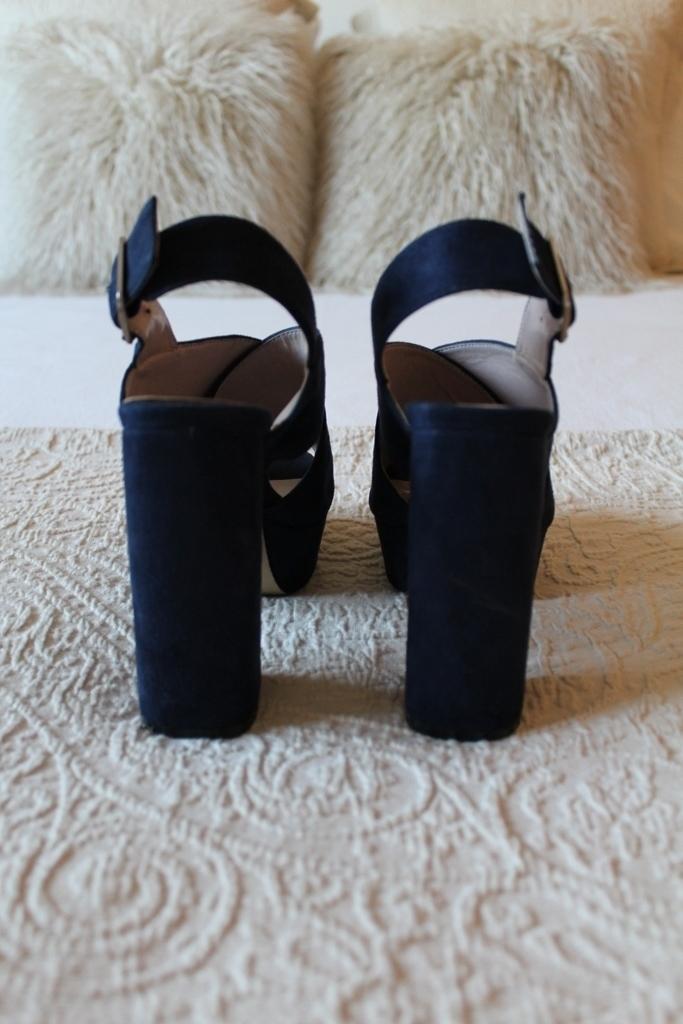 Sandálias azuis Manuel Alves - tamanho 35 1