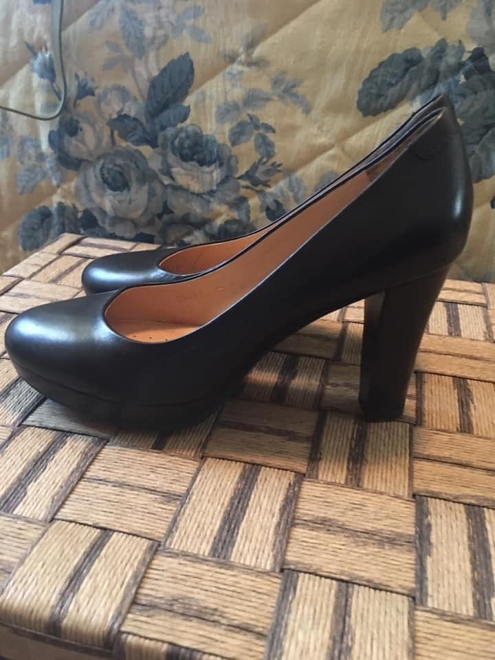 Sapatos geox 1
