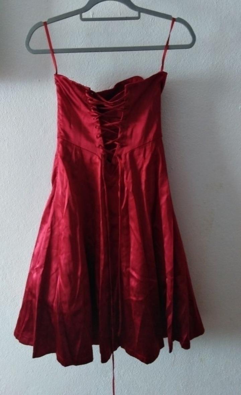 Vestido vermelho cai cai de cerimónia tipo cetim com xaile marca LISSA 1