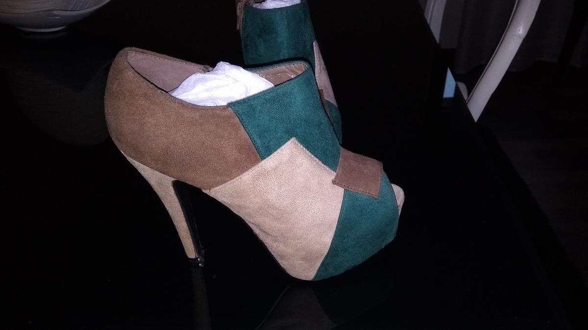 Sapato salto alto 1