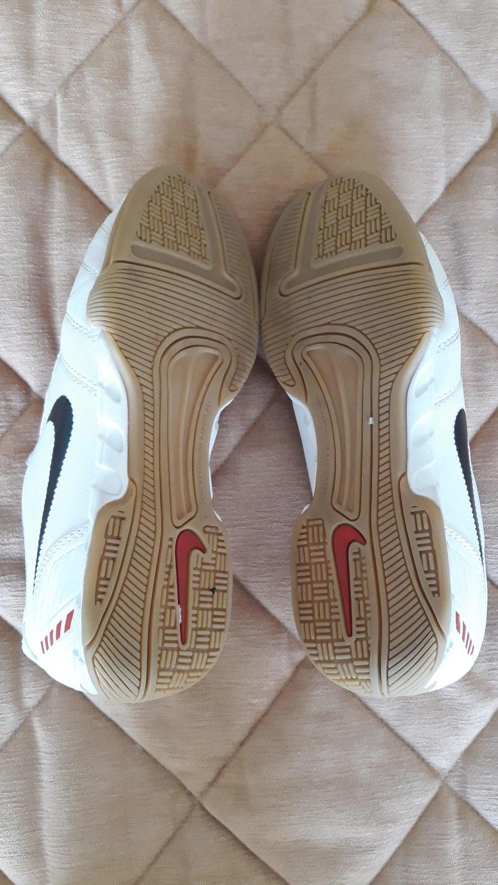 Ténis - Nike 4