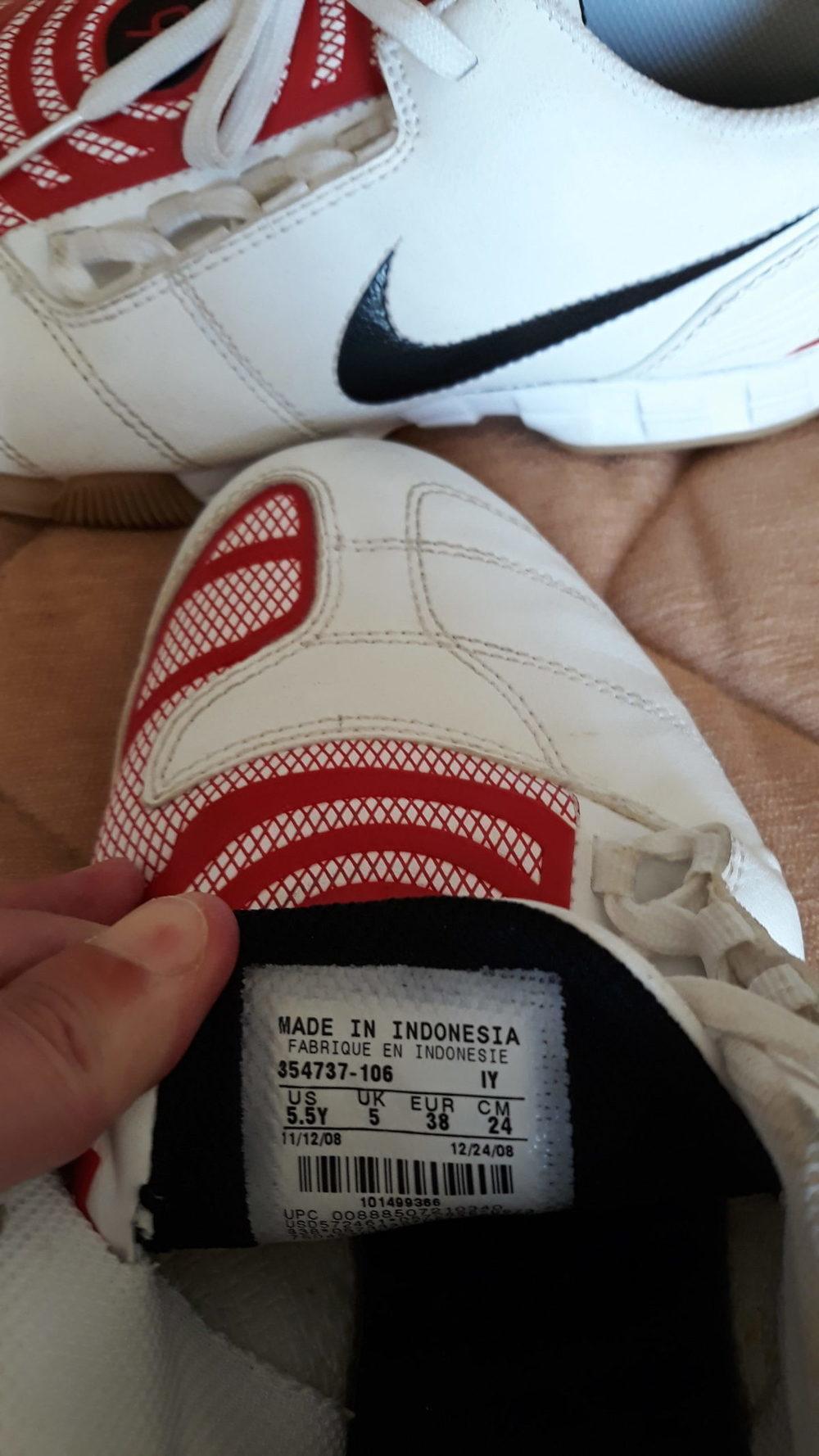 Ténis - Nike 2