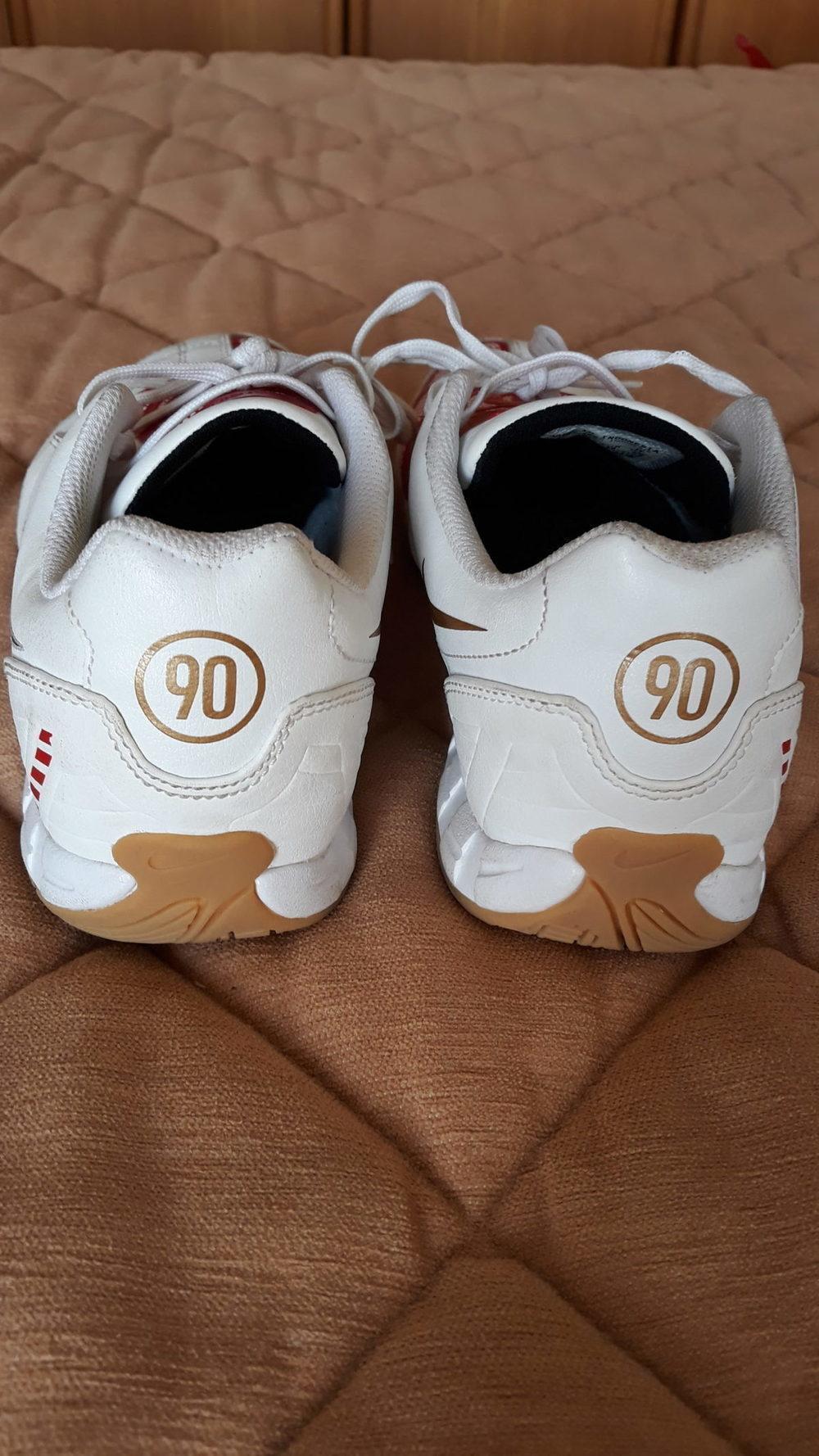 Ténis - Nike 6