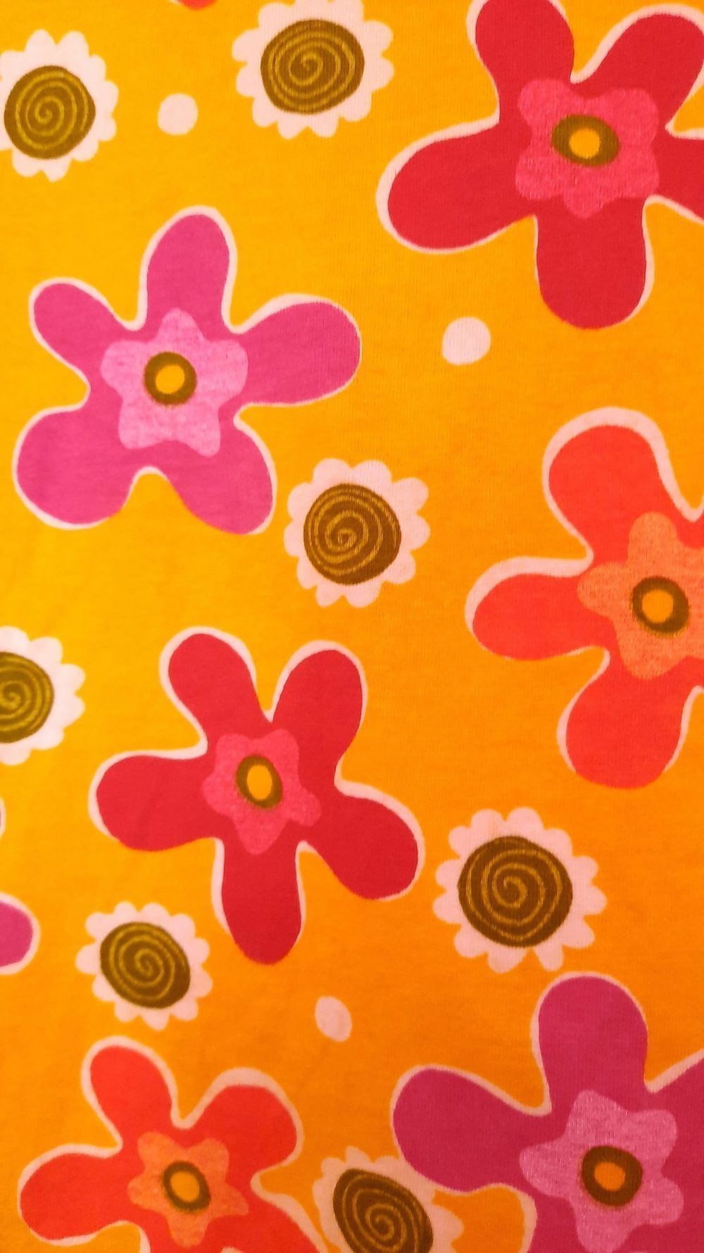 Camisola vintage, amarela às flores. 5