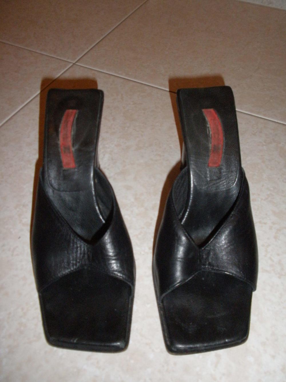Sandália preta super elegante 1